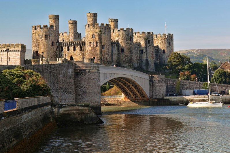 Conwy-Castle-River-Wales